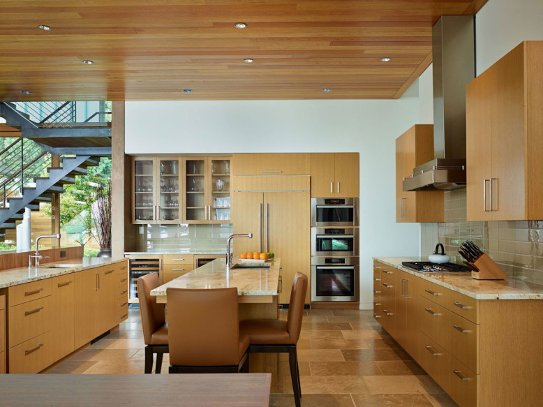 Courtyard House by DeForest Architects