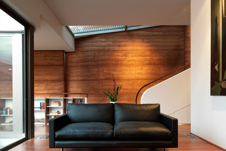 Elamang Avenue House by Luigi Rosselli Architects