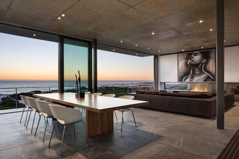 Contemporary Residence by Gavin Maddock Design Studio