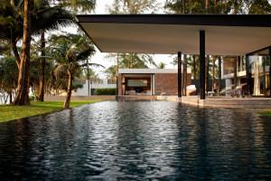 Stunning Villa in Thailand by DBALP