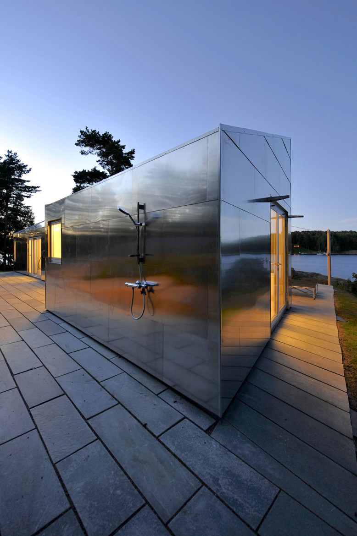 Modern Cabin by JVA