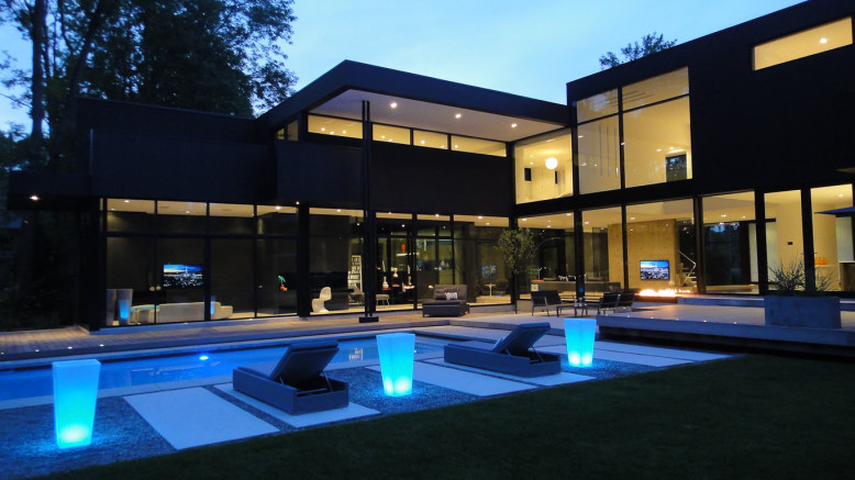 Black Modern Residence by Guido Constantino