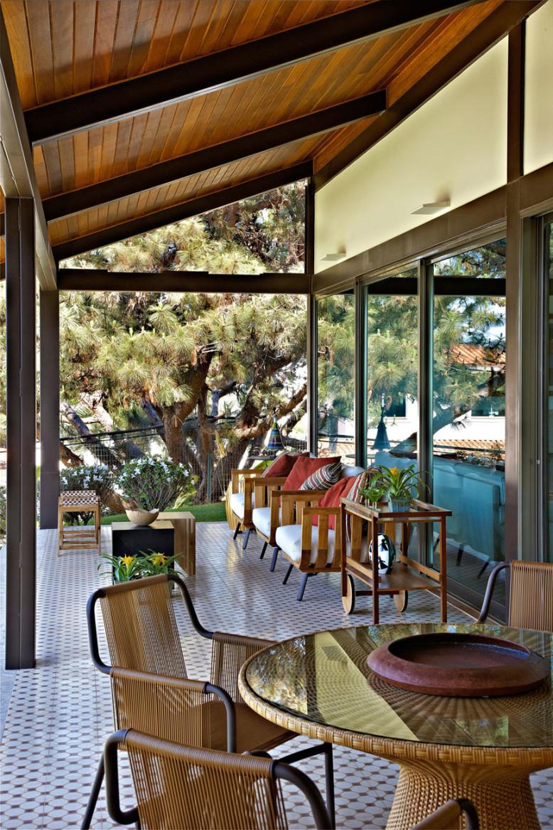 Casa do Sol by David Guerra Architecture and Interior