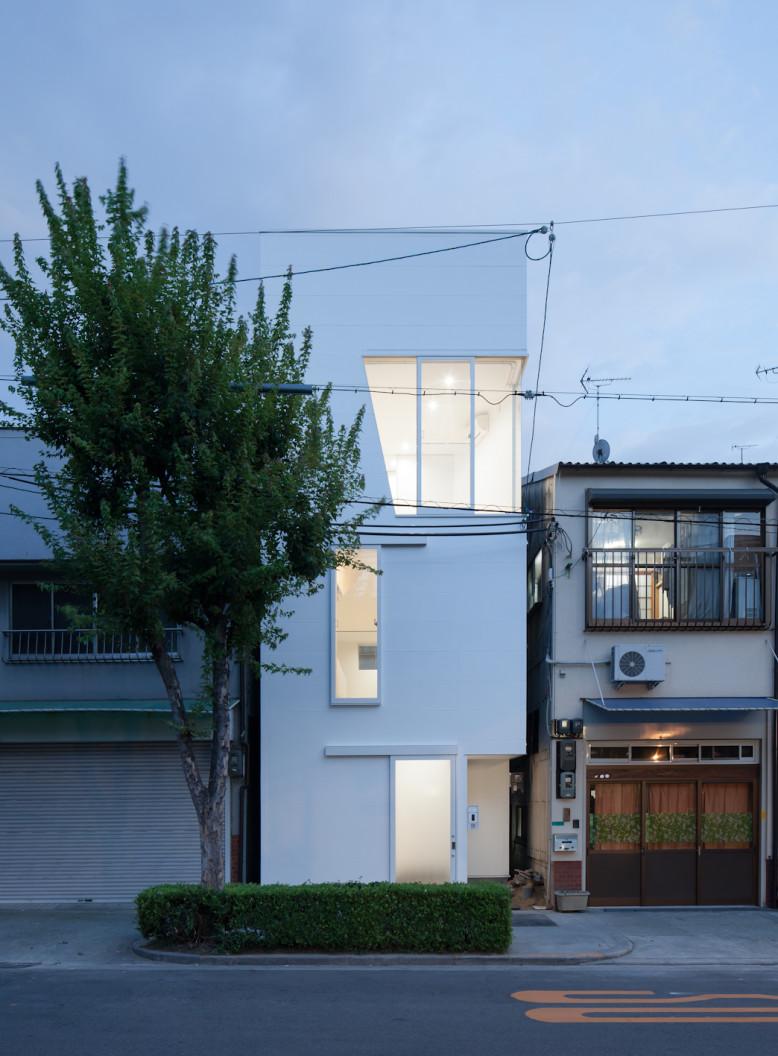 House in Tamatsu by Ido, Kenji Architectural Studio