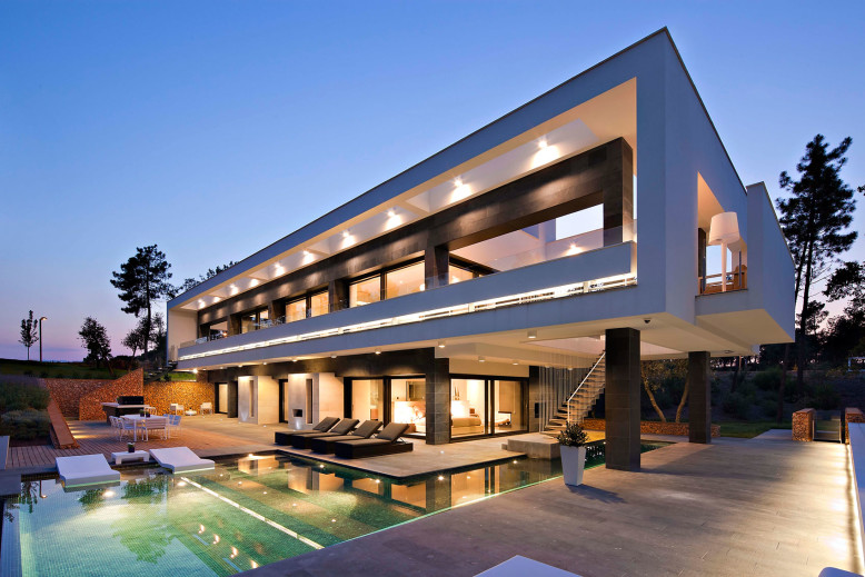 Contemporary Home in Spain