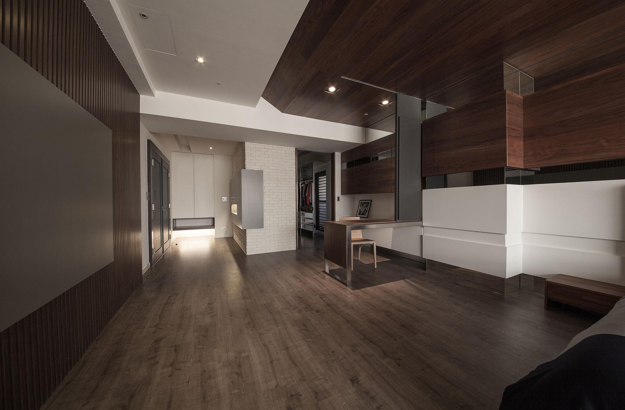 Minimalist Luxury Bedroom