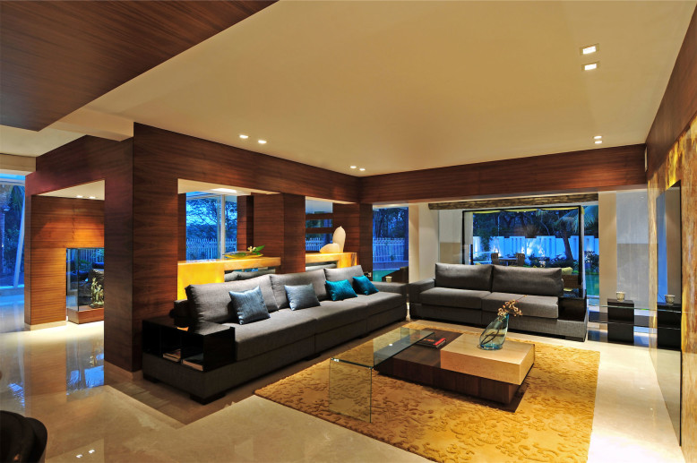 Private Bungalow in Mumbai by ZZ Architects