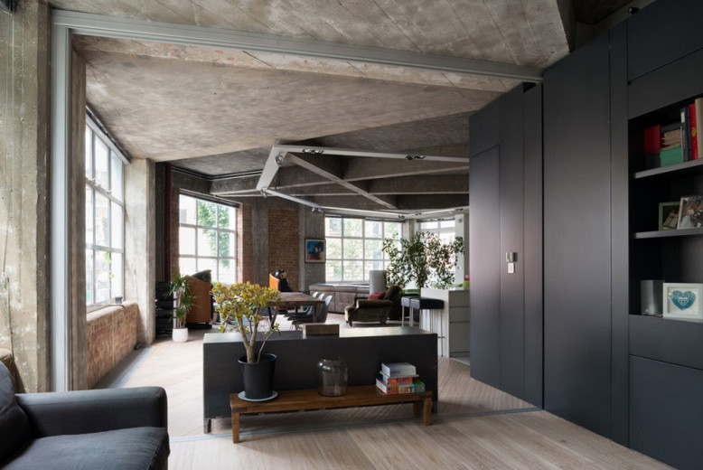 Unique Apartment in London by Inside Out Architecture