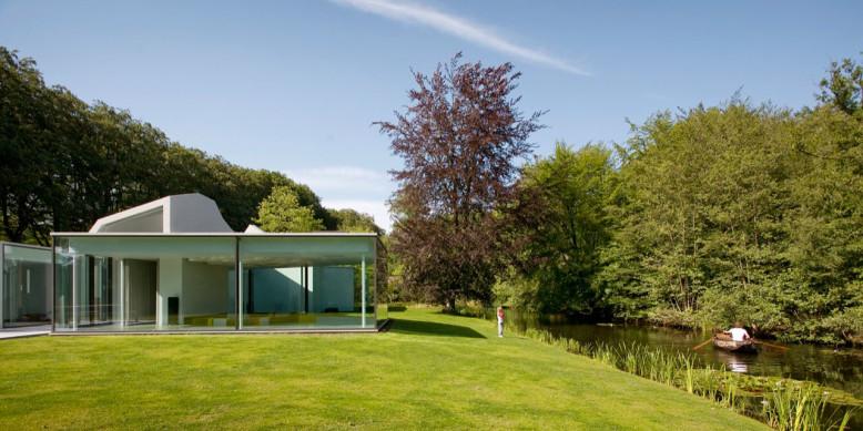 Villa 4.0 by Dick van Gameren Architecten