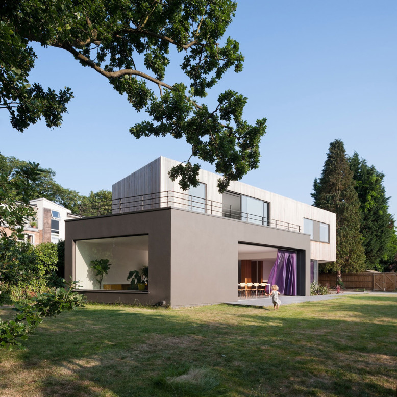 Wedge House by SOUP Architects