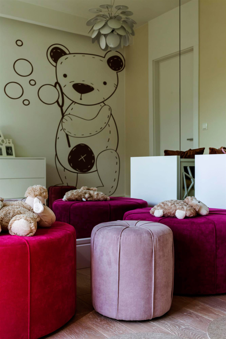 Comfortable Interior by Hola Design