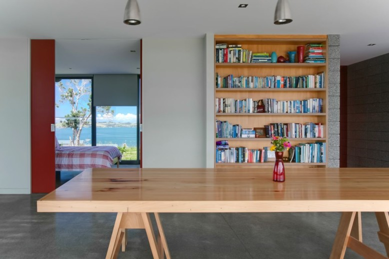 The Bourke House by Pacific Environments Architects