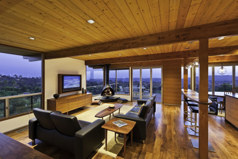 Contemporary House by AB design studio