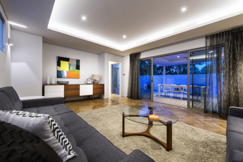Modern Residence by Residential Attitudes
