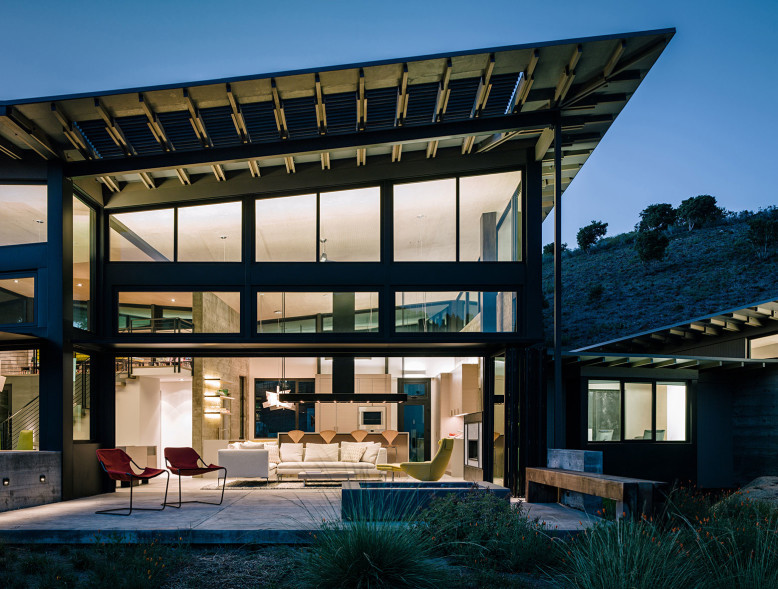 Contemporary House by Feldman Architecture