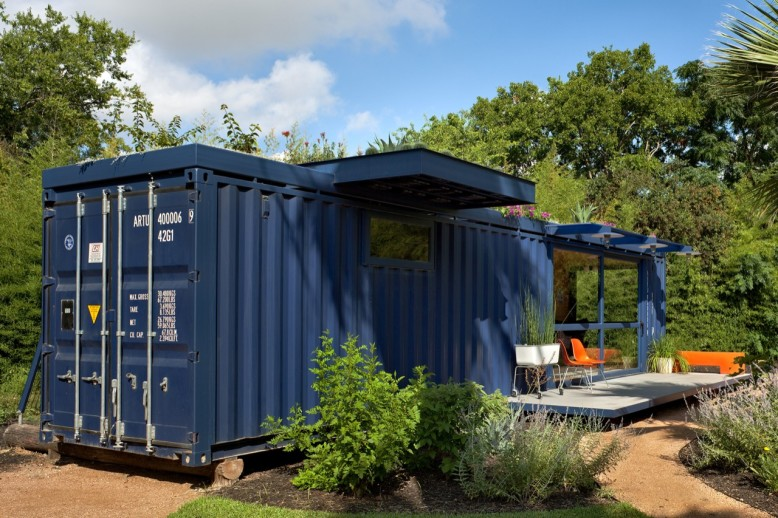 Container by Poteet Architects