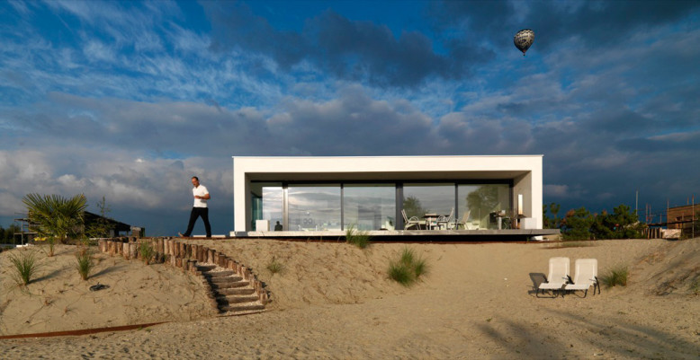 House by Grosfeld van der Velde Architecten