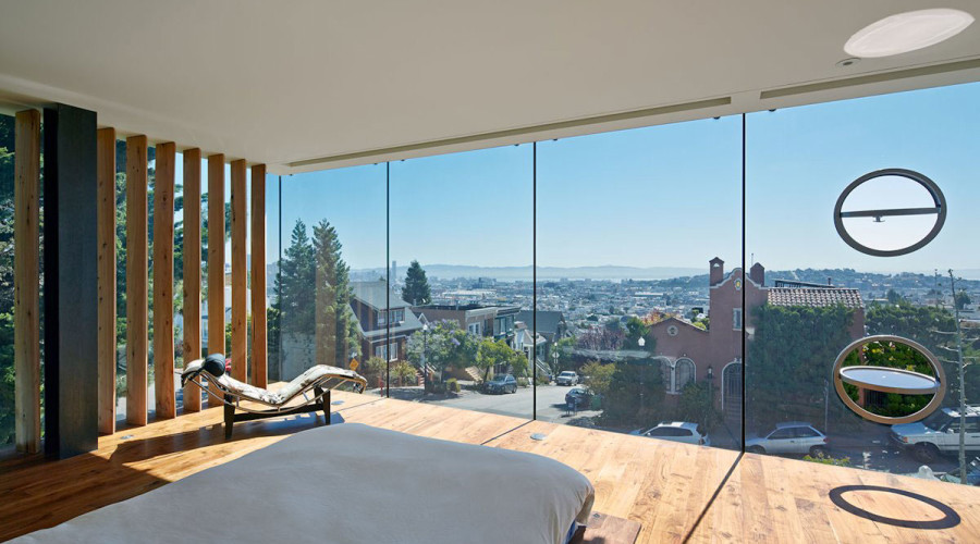 Three Storey Glass Tower House in San Francisco