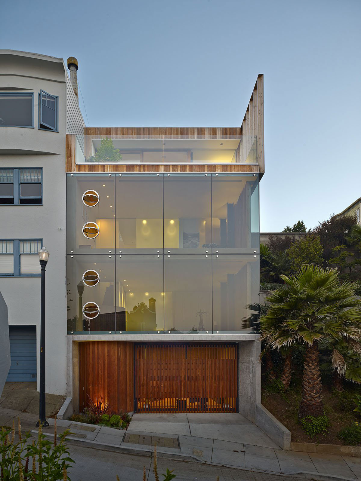 Three Storey Glass Tower House In San Francisco Homedezen
