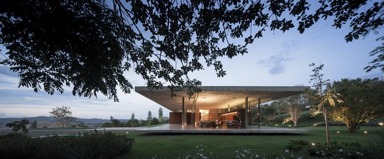 Redux House by Studio mk27