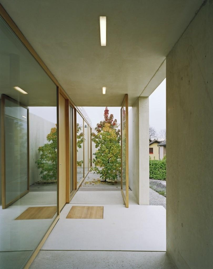 Contemporary one-storey house in Zurich