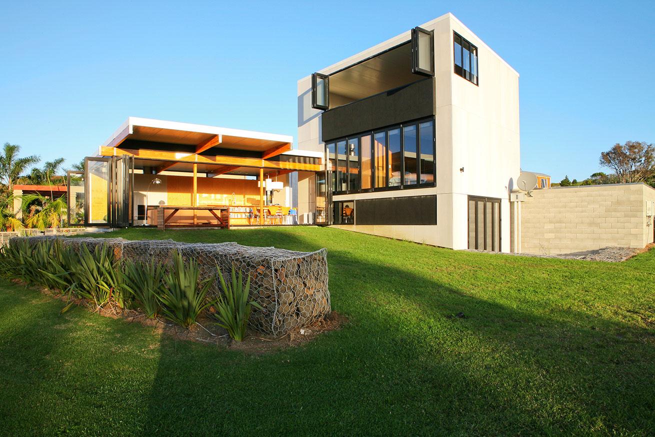 Coopers Beach House In New Zealand Homedezen