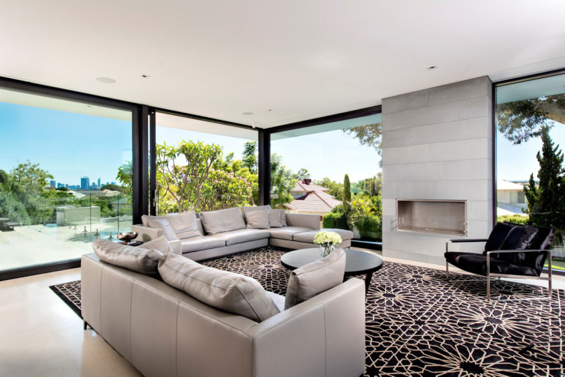 Contemporary House by Urbane Projects