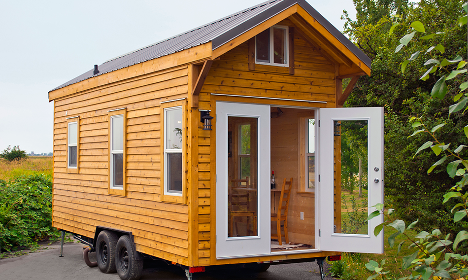 Tiny House on wheels by Tiny Living Homes Homedezen