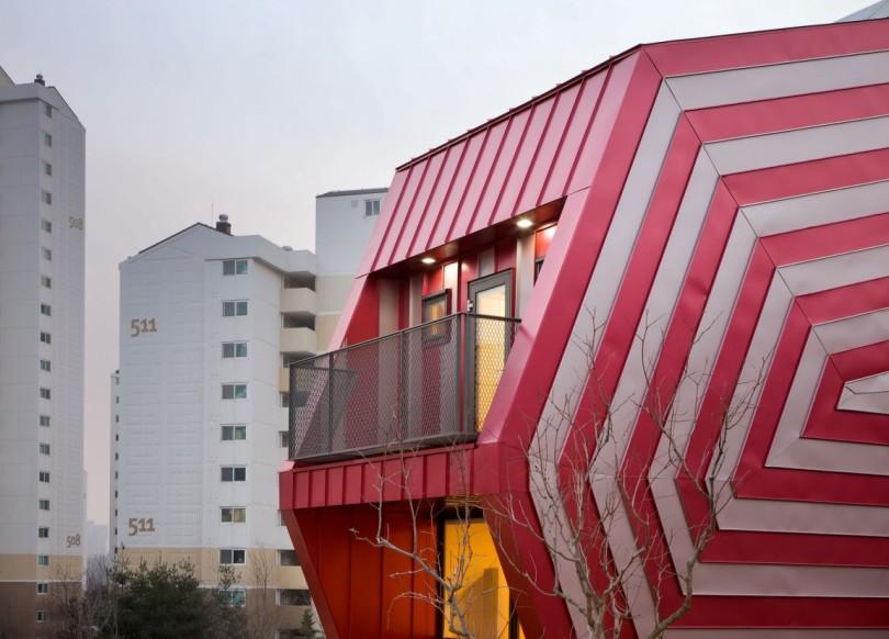 Lollipop House by Moon Hoon