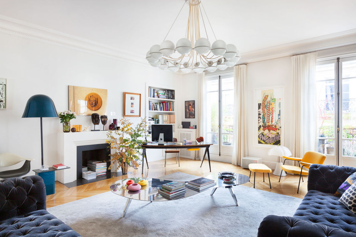 Chic Apartment in Paris by Sandra Benhamou | Homedezen