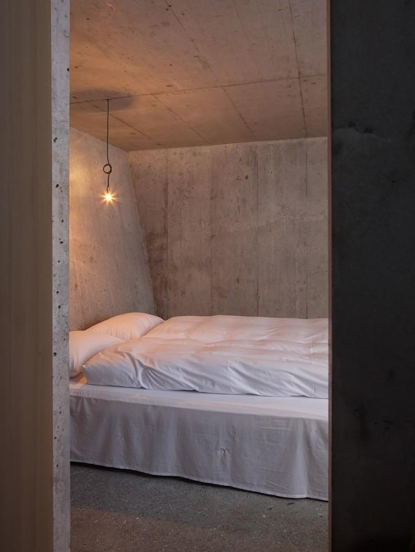 Concrete Refuge by Nickisch Sano Walder Architekten-11