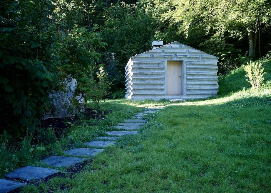 concrete cabin by nickisch sano walder architekten homedezen. Black Bedroom Furniture Sets. Home Design Ideas