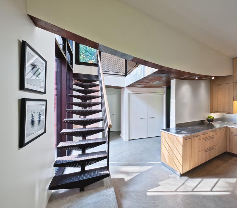 Hill-Maheux Cottage by Kariouk Associates-03