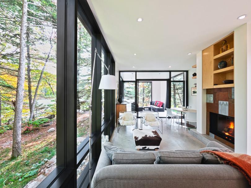 Hill-Maheux Cottage by Kariouk Associates-10