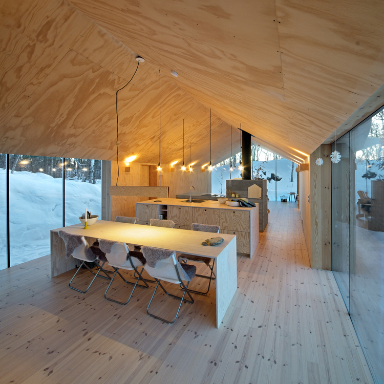 V-Lodge in Norway by Reiulf Ramstad Architects-03