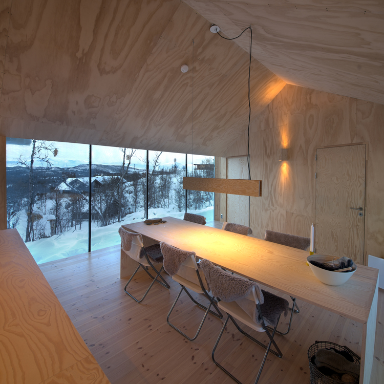 V-Lodge in Norway by Reiulf Ramstad Architects-05