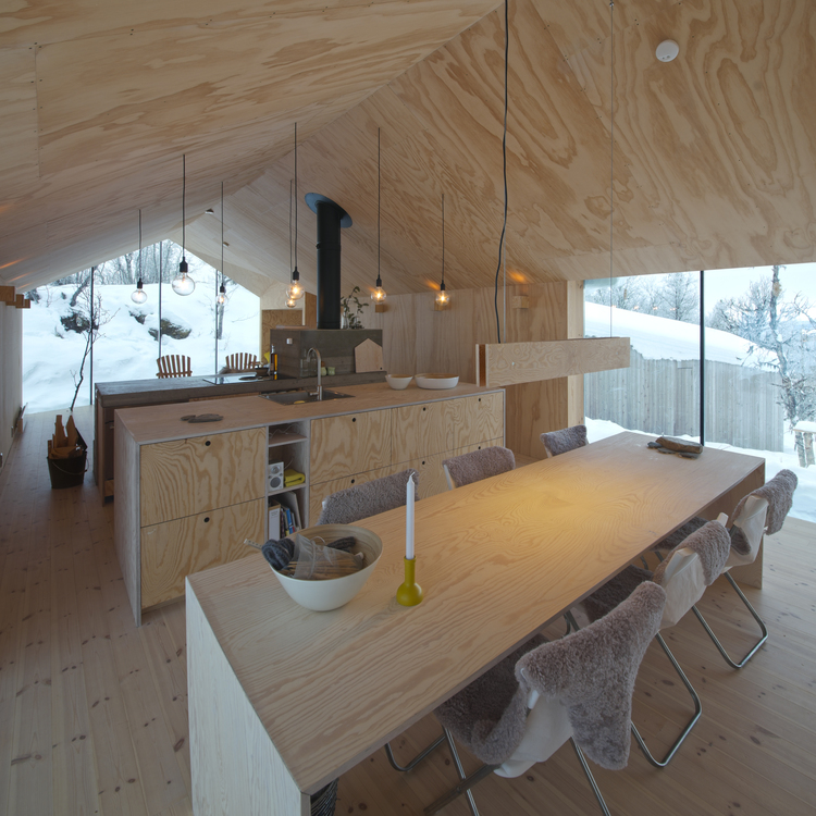 V-Lodge in Norway by Reiulf Ramstad Architects-07