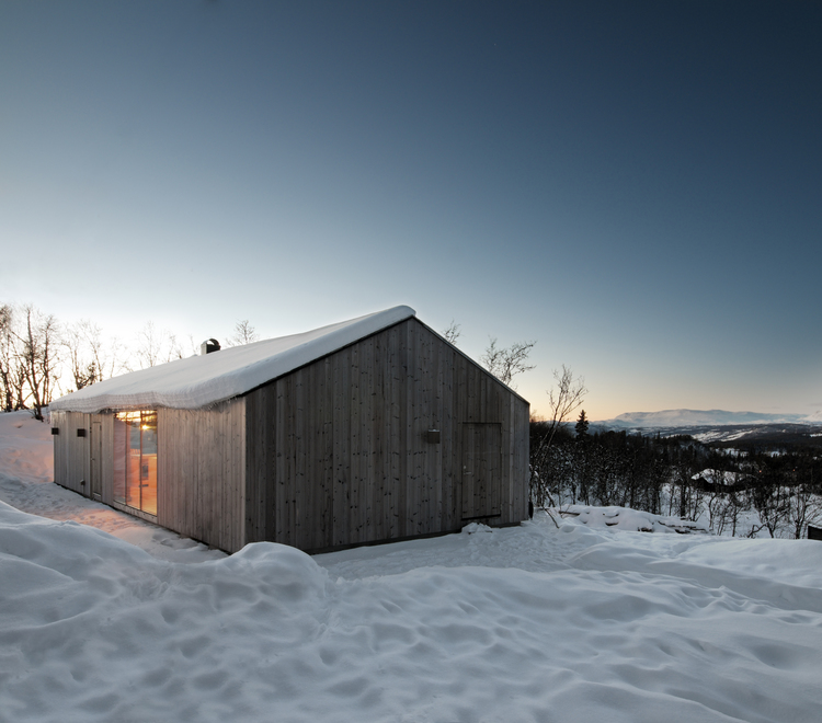 Mountain Cabin in Norway by Reiulf Ramstad Architects-09