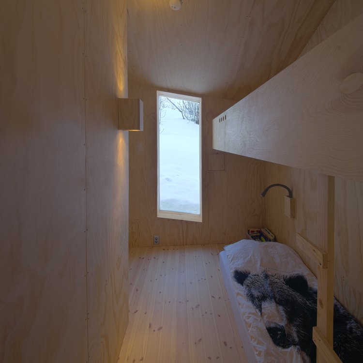 Mountain Cabin in Norway by Reiulf Ramstad Architects-14