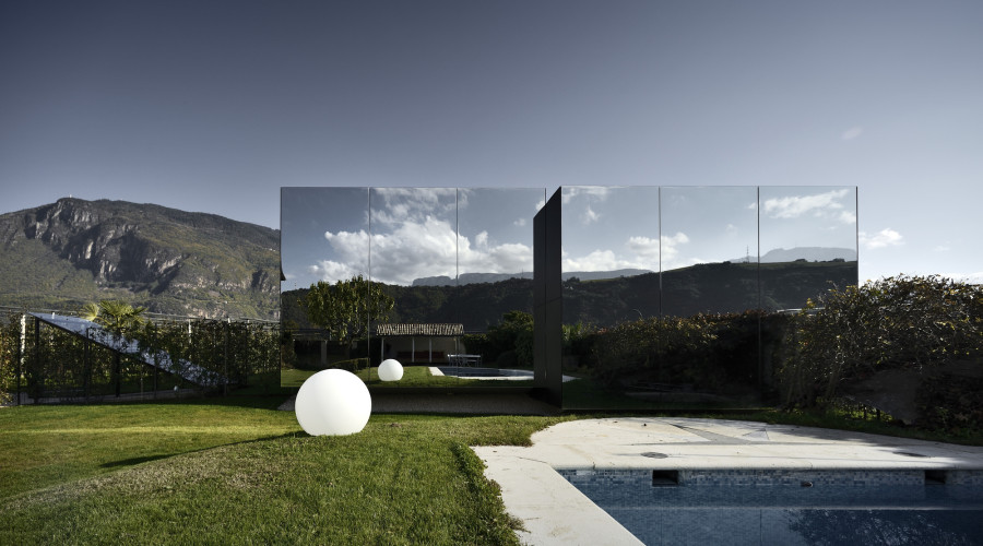 Luxury holiday homes in Italy: The Mirror Houses