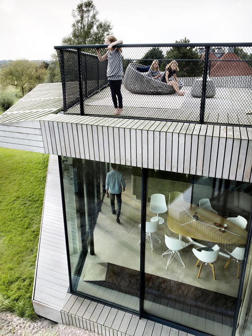 contemporary single family home-02