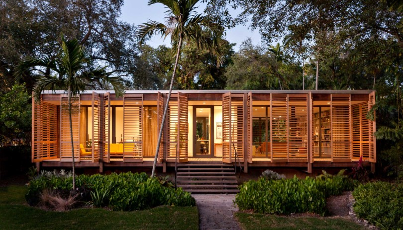 Tropical refuge in downtown Miami by Brillhart Architecture-01
