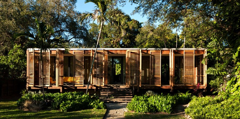 Tropical refuge in downtown Miami by Brillhart Architecture-02
