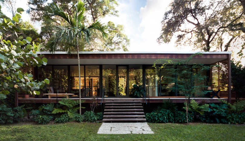 Tropical refuge in downtown Miami by Brillhart Architecture-03