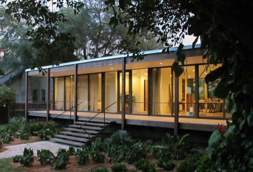 Tropical refuge in downtown Miami by Brillhart Architecture-11