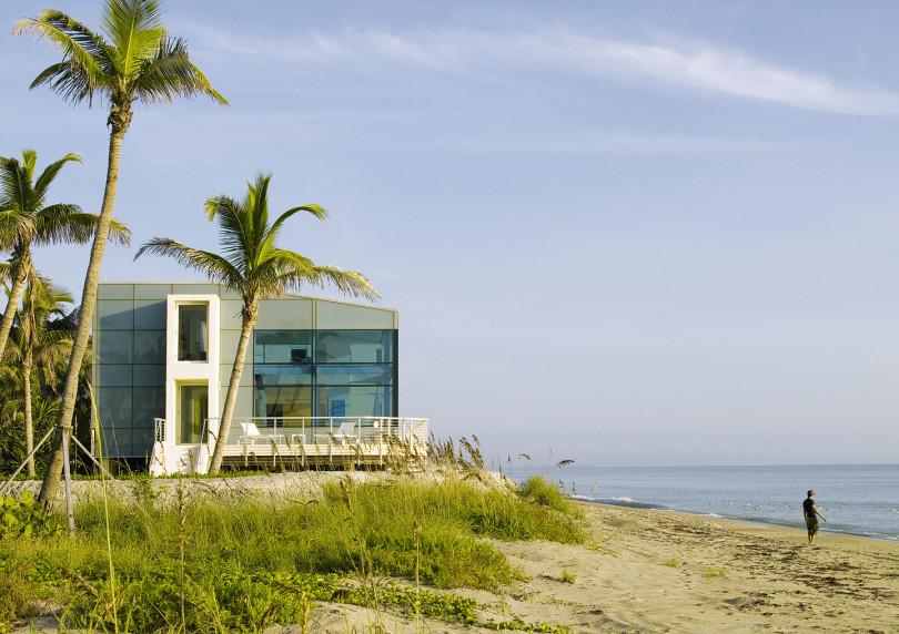 Beach Road 2 House by Hughes Umbanhowar Architects-05
