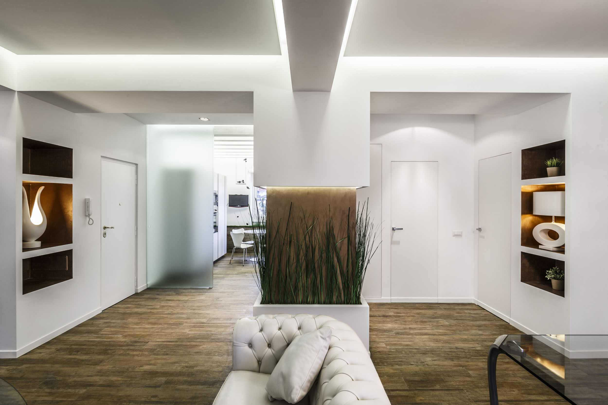 Beautiful apartment in italy by brain factory homedezen - Pilastro portante ...