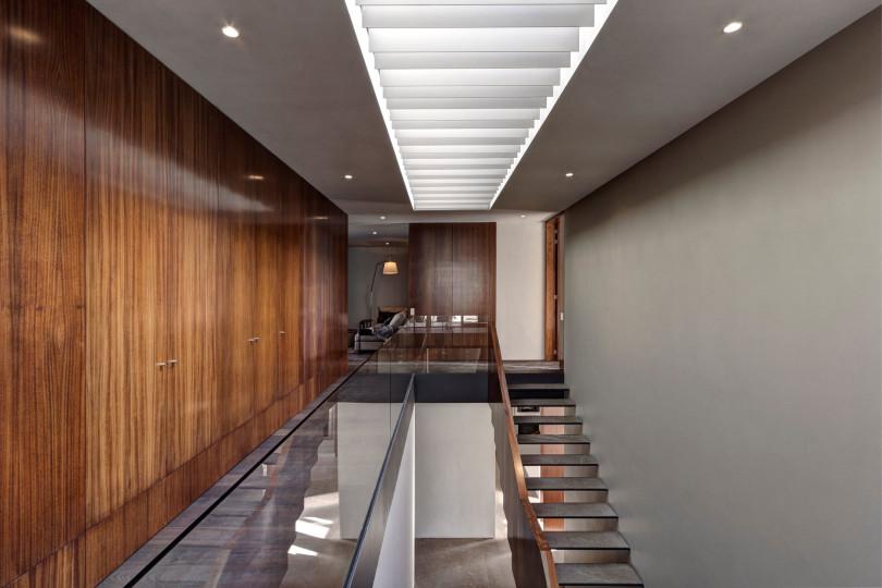 Modern House by Elías Rizo Arquitectos