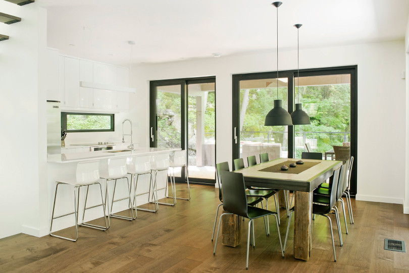 Contemporary cottage in Quebec by Boom Town-23