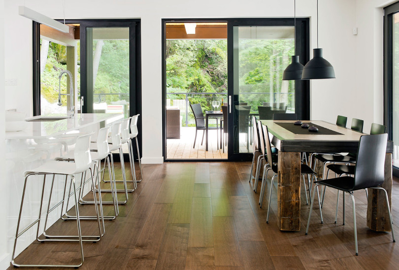 Contemporary cottage in Quebec by Boom Town-24
